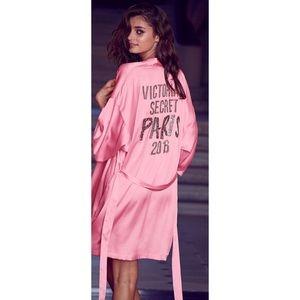 9a7eae5cd4 Women Victoria's Secret Fashion Show 2016 Robe on Poshmark